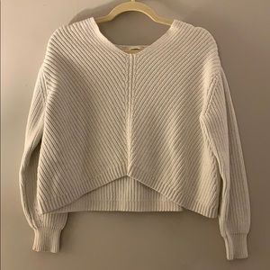 H&M knit sweater in white size XS!